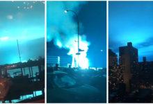 صورة شرطة نيويورك تكشف سبب ظهور الضوء الأزرق في سماء كوينز