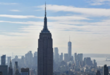 صورة بالفيديو.. شاهد جسم غامض يحلق فوق نيويورك