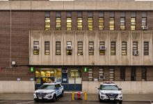 صورة تفاصيل إلقاء القبض على لص قفز من نافذة قسم شرطة بروكلين أثناء إستجوابه