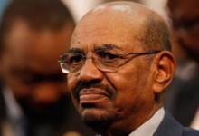 """صورة نقل الرئيس السوداني المعزول إلى سجن """"كوبر"""" في الخرطوم"""