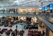 صورة تحذير من شحن هاتفك المحمول في المطارات تجنبًا لهذا الخطر