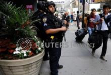 صورة بالفيديو.. شرطي يرفع الآذان في مسجد بمدينة نيويورك