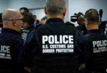 صورة إدارة الجمارك الأمريكية تعلن تعطل مؤقت لأنظمة التفتيش في عدة مطارات