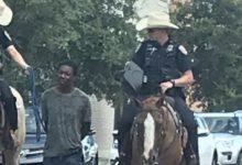 صورة شرطة تكساس تعتذر عن إهانة رجل أسود وإقتياده بحبل