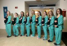 صورة مصادفة غريبة.. حمل 8 ممرضات بمستشفى بولاية كونيتيكت في وقت واحد