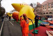 صورة بالصور.. احتفالات الأمريكيين بعيد الشكر في شوارع نيويورك