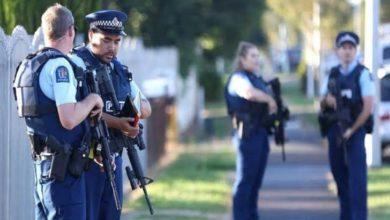 صورة مجهول يطلق النار على عناصر بالشرطة في تكساس