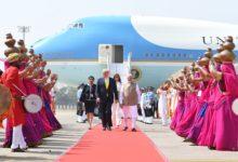صورة استقبال أسطوري.. ترامب يصل الهند في زيارة تاريخية تستغرق يومين (صور)