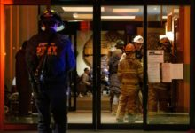 صورة مصرع رجل 76 عاما بسبب حريق التهم شقته في الطابق الـ25 بمانهاتن