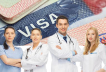 صورة أمريكا تدعو الأطباء والعاملين في المجال الصحي حول العالم للتقدم للحصول على «تأشيرة»