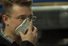 صورة طلاب بجامعة نيوجيرسى يصنعون أقنعة 3D لعمال الرعاية الصحية لمواجهة كورونا (فيديو)