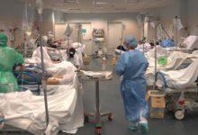صورة بسبب جراح يعانى من الزهايمر.. إصابة 50 شخصا بكورونا فى لوس أنجلوس