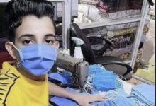 صورة طفل الأقنعة العربي يكشف زيف وخداع مواقع التواصل الاجتماعي (صور)