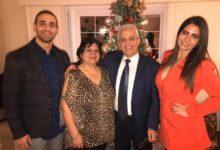 صورة هل تستطيع المساعدة؟.. أسرة مصرية بنيوجيرسي تبحث عن متبرع بـ«البلازما» لإنقاذ حياة والدهم من كورونا