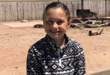 صورة مصرع طفلة قامت بخياطة 100 قناع للمستشفيات فى حادث مأساوى بتكساس