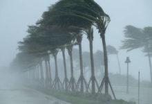 صورة بالفيديو.. إعصار «إساياس» يضرب جزر الباهاما الأمريكية ويتجه نحو ولاية فلوريدا