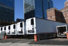 صورة شاحنات الموتى بنيويورك تعود لنقل الغذاء