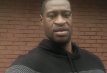 صورة تفاصيل جديدة في مقتل فلويد تعلنها هيئة المحلفين