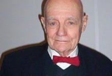 صورة فى مثل هذا اليوم.. ميلاد الأمريكى جون فين الحائز على نوبل فى الكيمياء 2002