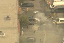 صورة بالفيديو.. مصرع شخصين فى تحطم طائرة على موقف للسيارات بلوس أنجلوس