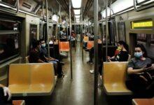 صورة سقوط رجلين باطلاق نار أثناء محاولة سرقة في مترو برونكس