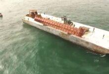 صورة بالفيديو.. نيويورك تلقى عربات سكك حديدية بالمحيط الأطلسى لبناء شعاب مرجانية جاذبة
