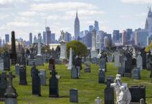 صورة أمريكا تسجل أكبر حصيلة وفيات بكورونا منذ أبريل و100 ألف حالة تتلقى العلاج بالمستشفيات