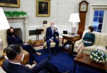 صورة بايدن يلتقي أعضاء مجلس الشيوخ لبحث حزمة التحفيز الاقتصادي