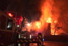 صورة 6 عائلات بلا مأوى بعد اندلاع حريق في منزلين مجاورين بنيوجيرسي