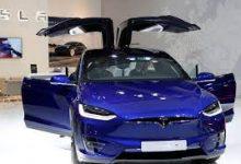 صورة تسلا تسحب 300 ألف سيارة من الصين