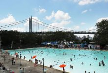 صورة فتح المسابح العامة في نيويورك اليوم والمدينة تعود إلى الحياة