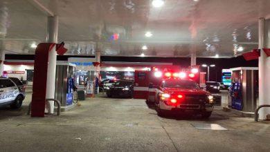 صورة مسلح يسرق سيارة اسعاف والمريض بداخلها في تكساس