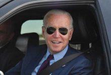 صورة بايدن بصدد إعلان توجه أمريكي جديد بشأن السيارات